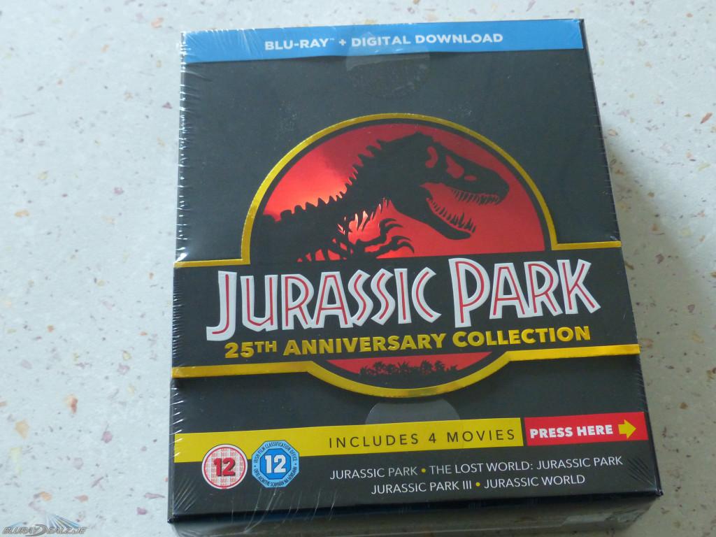 Jurassic-Park-Gate-Edition-01